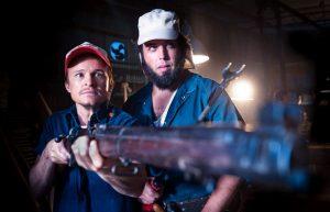 100 Bloody Acres (2012), reż. Cameron Cairnes, Colin Cairnes